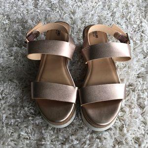 NEW Rosegold Mossimo Flatform Sandals